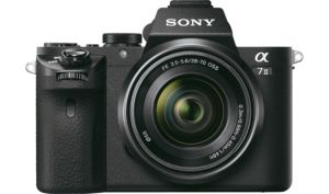 FOTOCAMERA MIRRORLESS DIGITALE SONY ILCE7M2KB + SEL2870MM F3.5-5.6 OSS