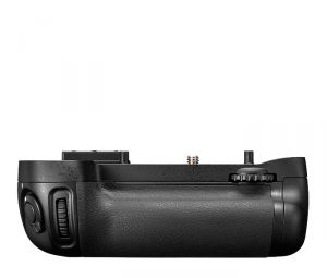 IMPUGNATURA BATTERY GRIP NIKON MULTI-POWER BATTERY PACK MB-D15 X D7100 E D7200