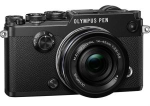 FOTOCAMERA DIGITALE MIRRORLESS OLYMPUS PEN-F BLACK + EZ-M1442EZ BLACK