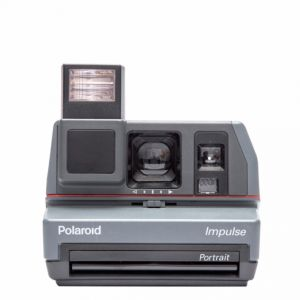 POLAROID SERIE 600 REFURBISHED IMPULSE + PELL.